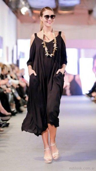 vestido con hombros recortados para el dia para señoras adriana costantini verano 2018