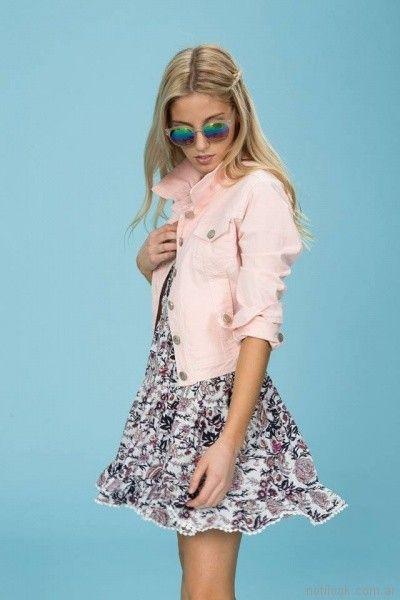 vestido corto estampado informal y campera denim rosada Tabatha Jeans verano 2018