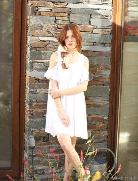 vestido para el dia blanco con hombros recortados Orix primavera verano 2018