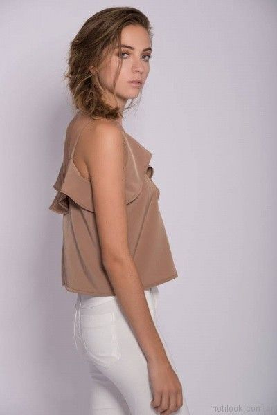 blusa de seda con volado Mancini primavera verano 2018