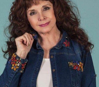 camisa de jeans bordada en puños y cuello Loren Talles grandes primavera verano 2018