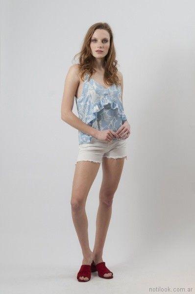 look casual con short de jeans rustico Cenizas net primavera verano 2018