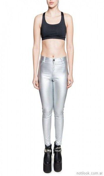 pantalon engomado plateado look rockero mujer The Vox primavera verano 2018