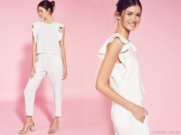 blusa blanca con volados Etiqueta negra mujer verano 2018