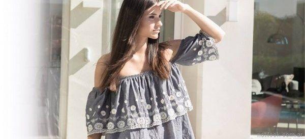 blusa casual con hombros descubiertos y volado Marcela Pagella primavera verano 2018