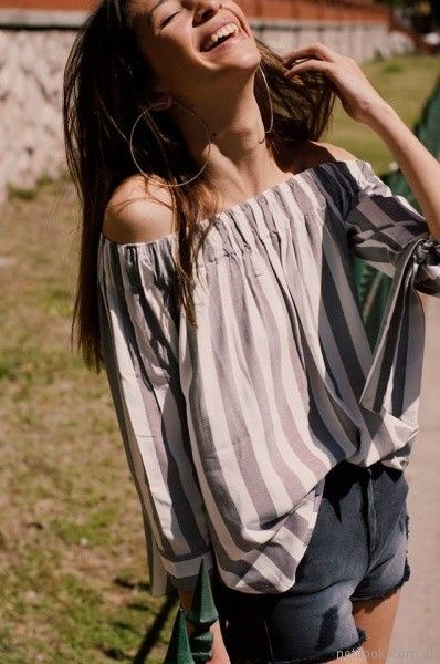 blusa lino con hombros descubiertos a rayas Abstracta primavera verano 2018