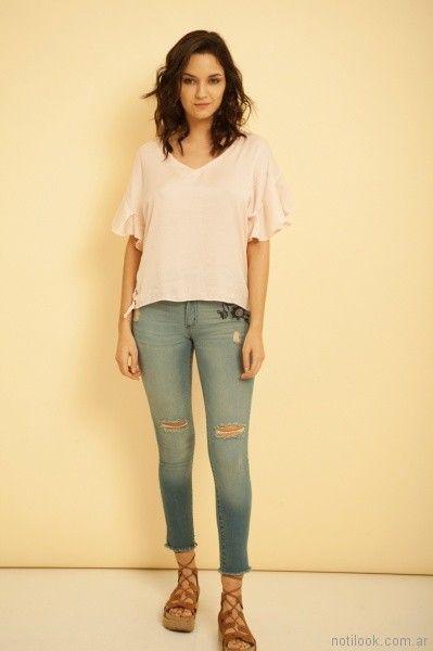 jeans con roturas y bordado Kodo Jeans primavera verano 2018