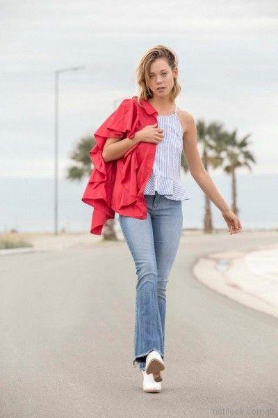 jeans oxford camisa a rayas y kimono con volados Uvha verano 2018