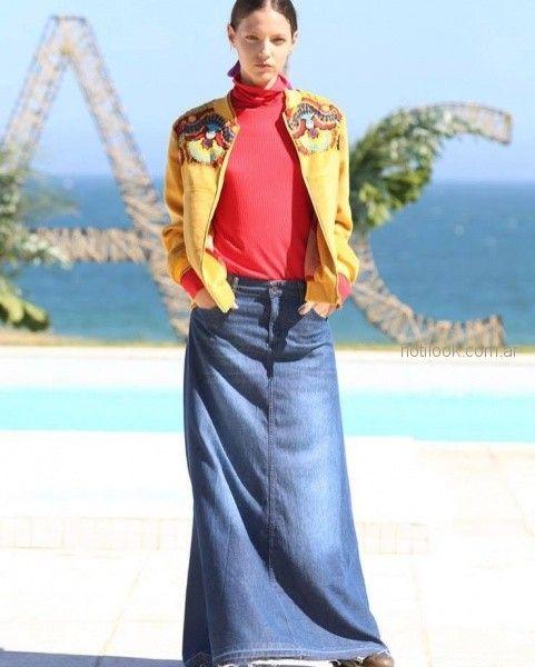 Campera bordada y falda larga de jeans - Anticipo Beniti Fernandez invierno 2018