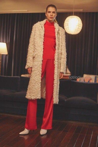 Pantalon rojo con polera invierno 2018 - Ayres