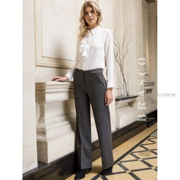 pantalon de vestir gris recto con camisa blanca mujer Brasco otoño invierno 2018