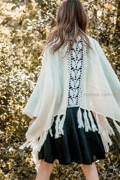ruanas con detalles en crochet tejido florencia LLompart otoño invierno 2018