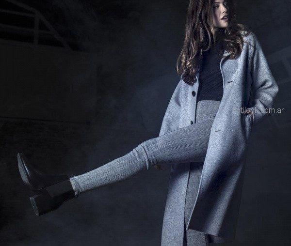 saco largo gris y pantalon elastizado Activity Pret a Porter otoño invierno 2018