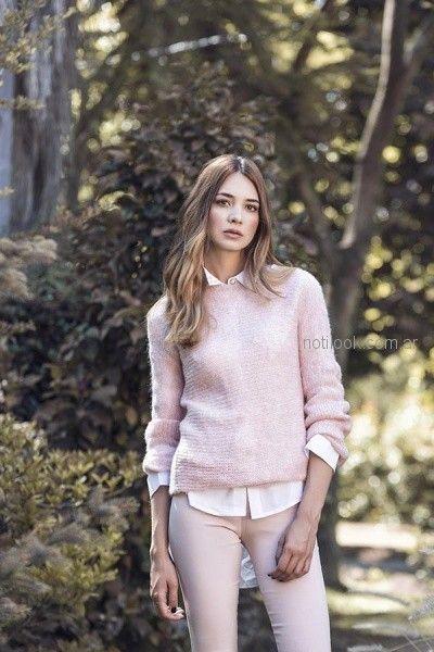 look mujer con camisa y sweater orix otoño invierno 2018