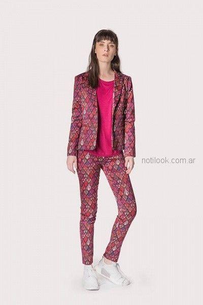 pantalon estampado de bengalina con saco en conjunto ag Store invierno 2018