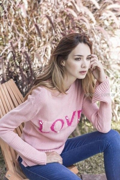 sweater con aplique y mangas oxford orix otoño invierno 2018
