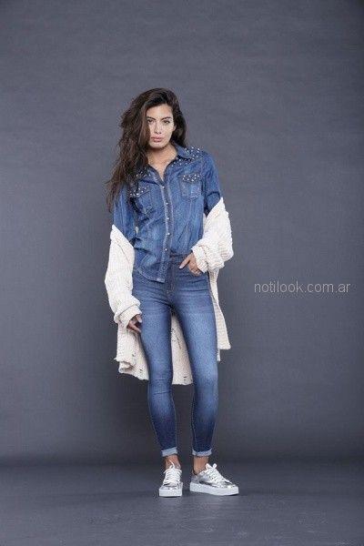 camisa denim con tachas look rockero mujer tabatha jeans invierno 2018