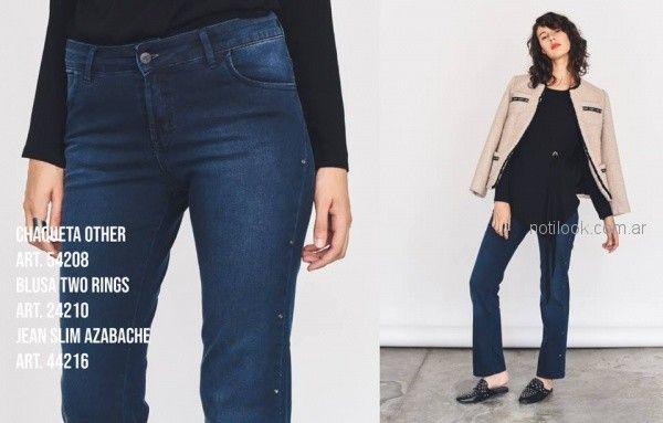 chaqueta rosada mujer y jeans rectos Pablo Mei invierno 2018