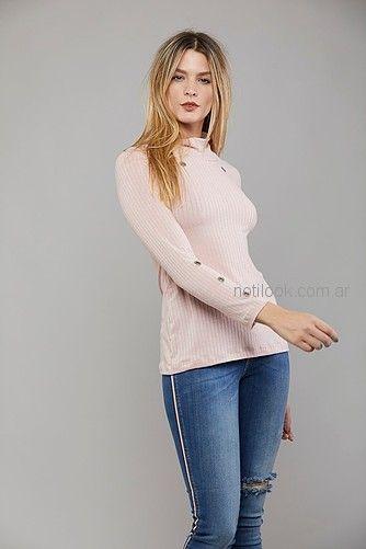polera lana mujer con jeans Kodo jeans invierno 2018
