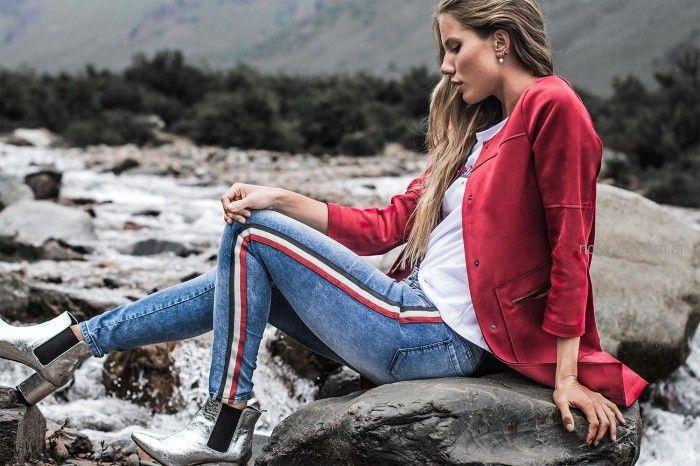 tapado gamuzado pantalon con franjas laterales AF jeans otoño invierno 2018