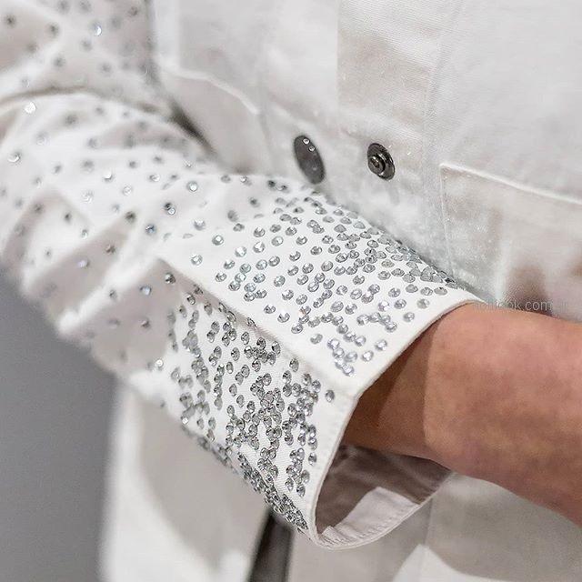 blazer blanco con apliqes plateados pura pampa primavera verano 2019