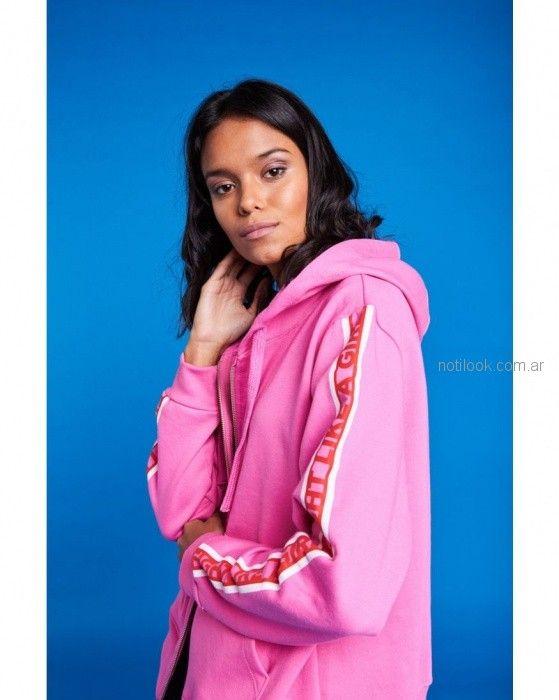 campera con franjas en manga look sport rosa adolescentes 47 street primavera verano 2019