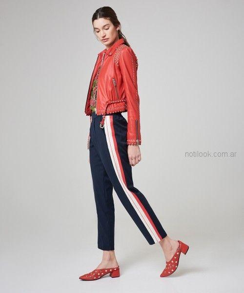 pantalon con franjas laterales y campera de cuero roja kosiuko primavera verano 2019