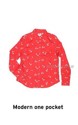 camisa estampada roja Levis mujer verano 2019