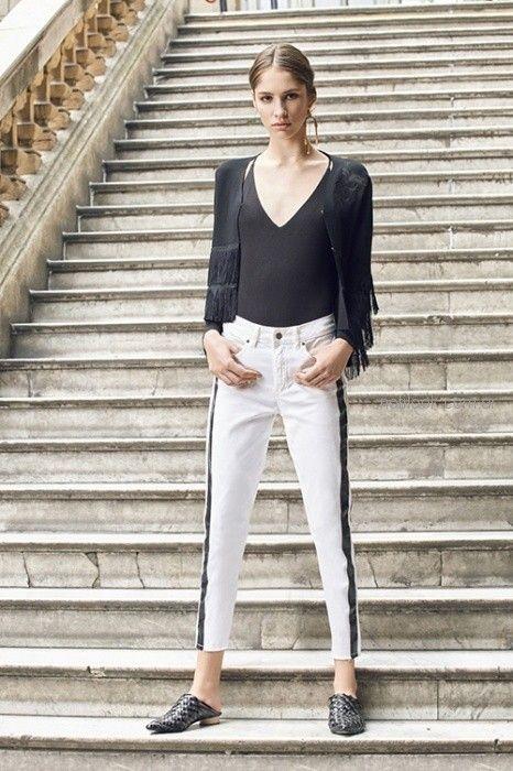 jeans con aplique engomado Uma primavera verano 2019