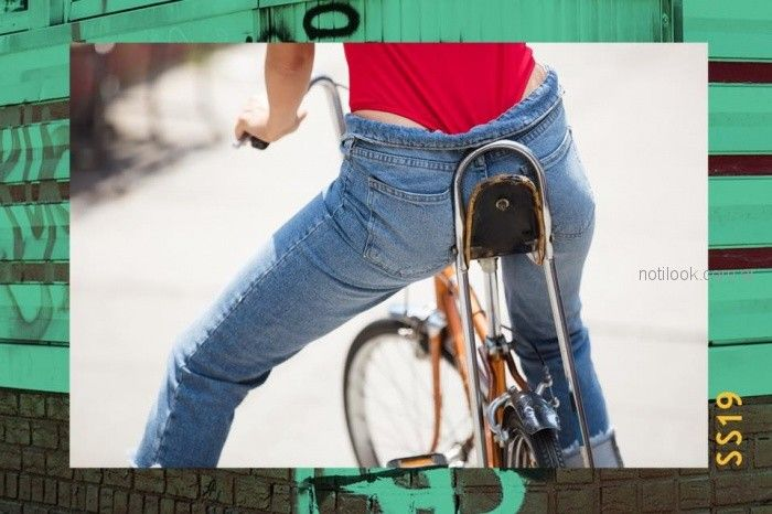 jeans con desflecado en pretina Ossira primavera verano 2019