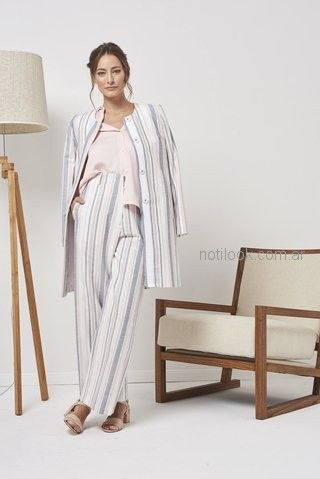 traje a rayas para mujer Calandra primavera verano 2019