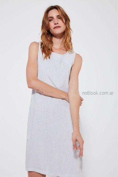 vestido corto a rayas celestes Estancias Chiripa primavera verano 2019