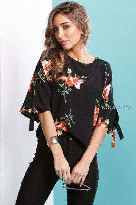 blusa negra con flores Nmd Normandie verano 2019