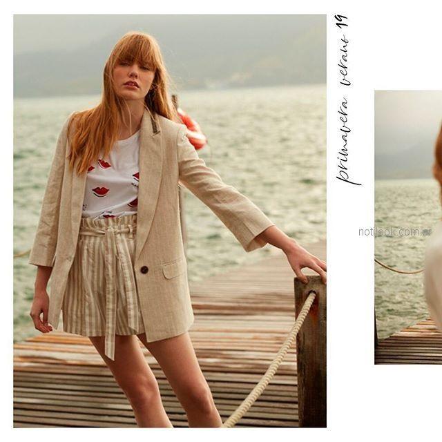 look urbano con short de lino y blazer Silenzio verano 2019