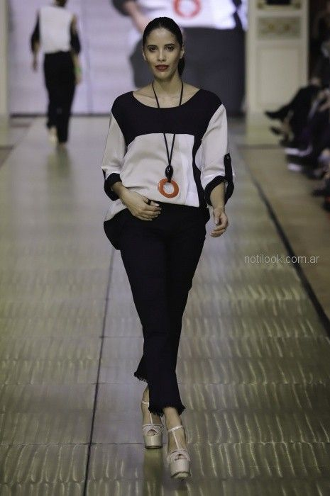 moda ccasual para señoras Adriana Costantini primavera verano 2019