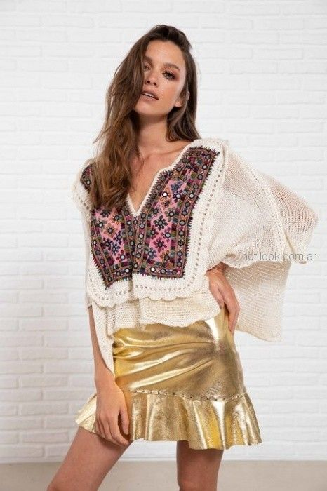 pollera corta metalizada con blusa de bambula con camesu bordado Doll Store verano 2019