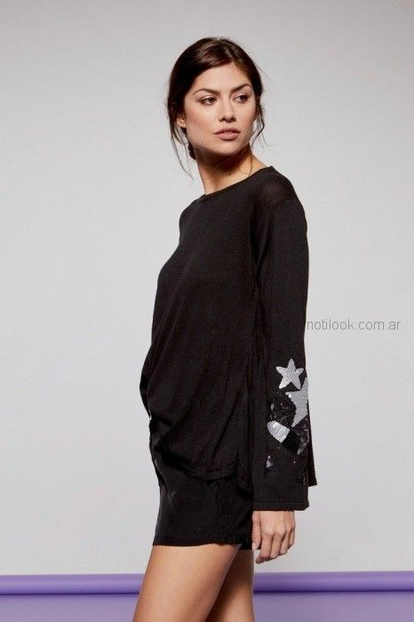 sweater mangas oxford con aplique plateado Millie primavera verano 2019
