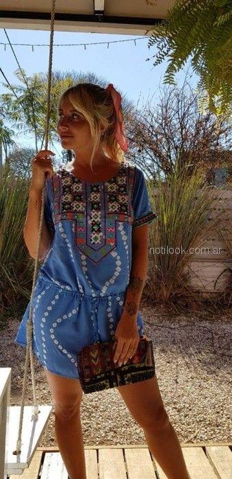 Vestido corto bordado para playa Maria India