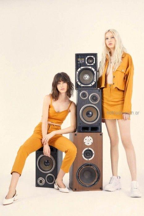 moda mostaza complot verano 2019
