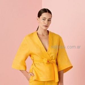 traje de lino con saco cruzado estilo kimono cacharel argentina verano 2019