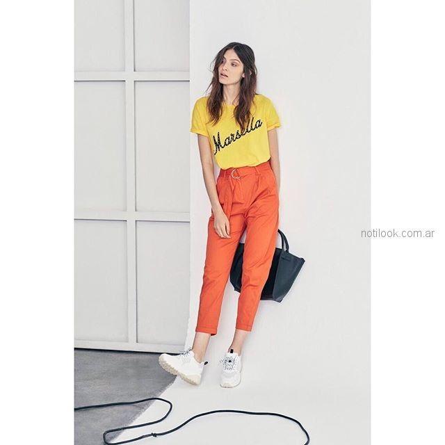 look urbano capri y remera basica con estampa st marie verano 2019