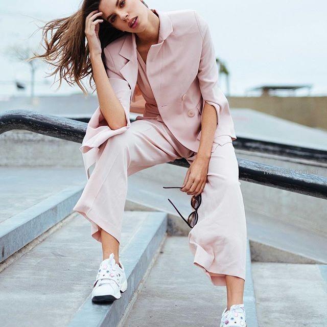 blazer mujer rosa con recortes en mangas Naima verano 2019