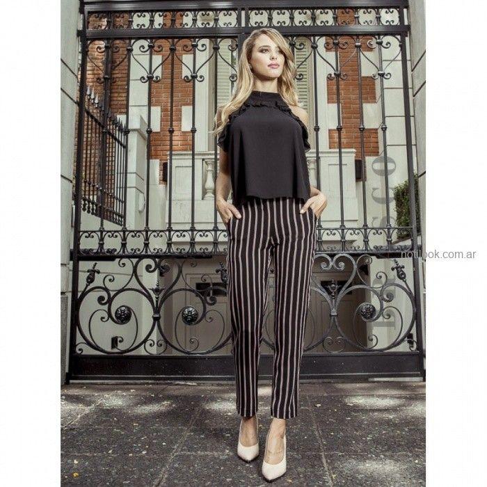 pantalon de vestir a rayas con lazo Brasco otoño invierno 2019