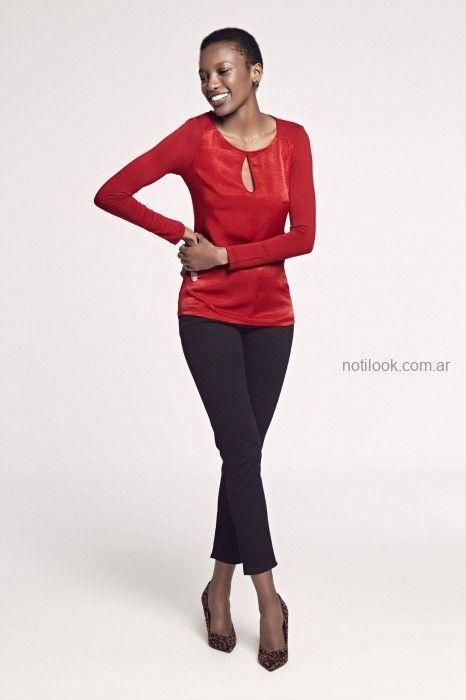 Blusa roja y pantalon negro Look oficina invierno 2019 - Markova