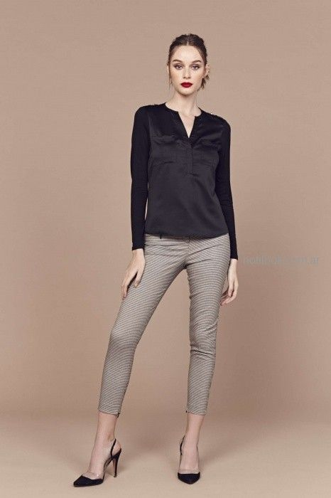Pantalon estampado en gris Look oficina invierno 2019 - Markova