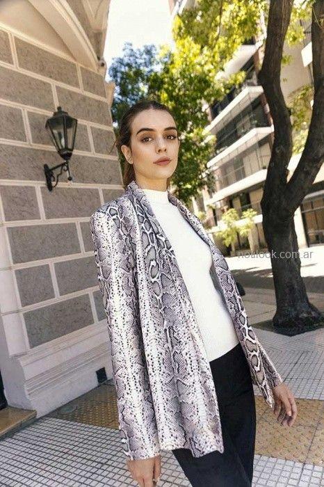 e3dc1b7a4 blazer animal pint Nucleo otoño invierno 2019 – Moda Mujer Argentina