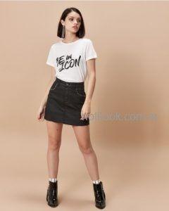 minifalda negra con remera basica invierno 2019 - Desiderata