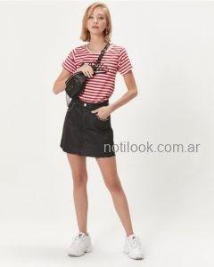 minifalda negra con remera rayada invierno 2019 - Desiderata