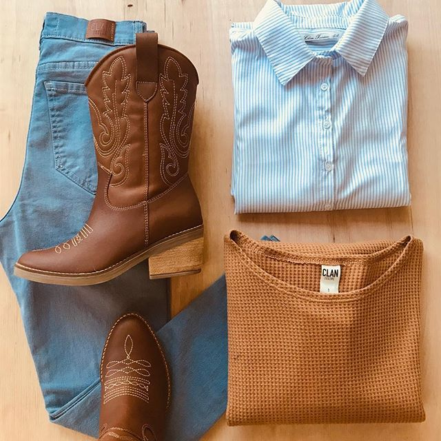 look con botas texanas Clan issime invierno 2019