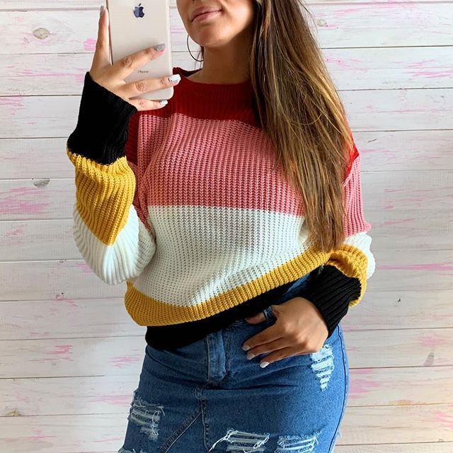 look con buzo de lana y minifalda juvenil Dorcastar invierno 2019